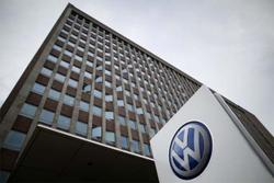 Volkswagen chairman to seek re-election