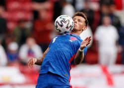 Soccer-White replaces injured Alexander-Arnold in England's Euro 2020 squad