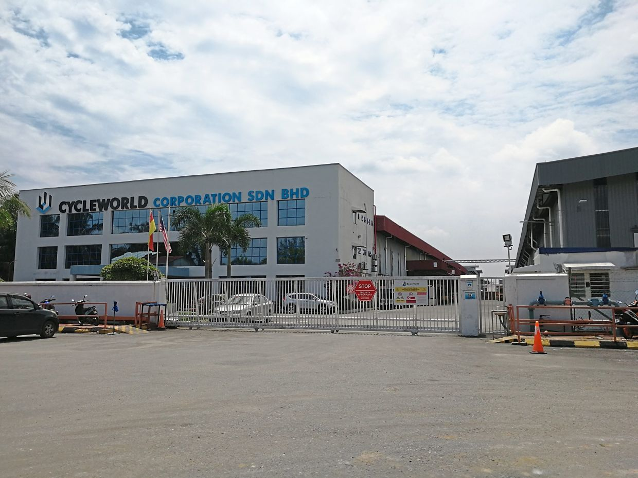 Cycleworld's factory in Klang manufactures sandwich panels for the Malaysian market and also exports some 50% of its product to the Asean region.