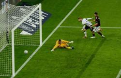 Soccer-Germany crush Latvia 7-1 in strong Euro dress rehearsal