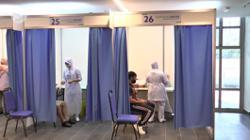 Mega centre volunteers and frontliners impress vaxxers