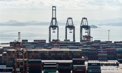 Covid-19 disruptions at ports in South China threaten Christmas export season