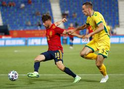 Soccer-Spain youngsters hammer Lithuania with senior side in isolation