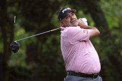 Argentine golfer Cabrera extradited from Brazil over domestic violence allegations