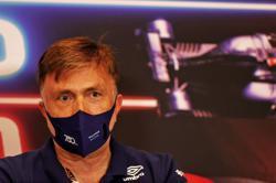 Motor racing-Capito replaces Roberts as Williams F1 team principal