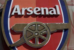 Soccer-Premier League Big Six reach settlement over Super League