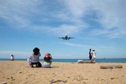 Foreign tourists unhappy over 14-day mandatory stay under Phuket sandbox