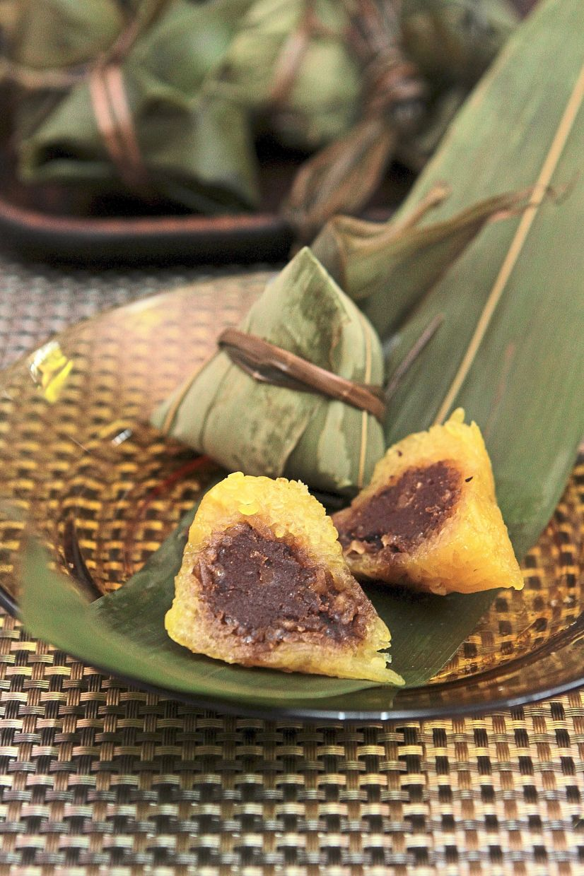 Red bean paste in the alkaline dumpling allows you to eat it without dipping it in sugar, gula melaka or kaya. — Photos: YAP CHEE HONG/The Star