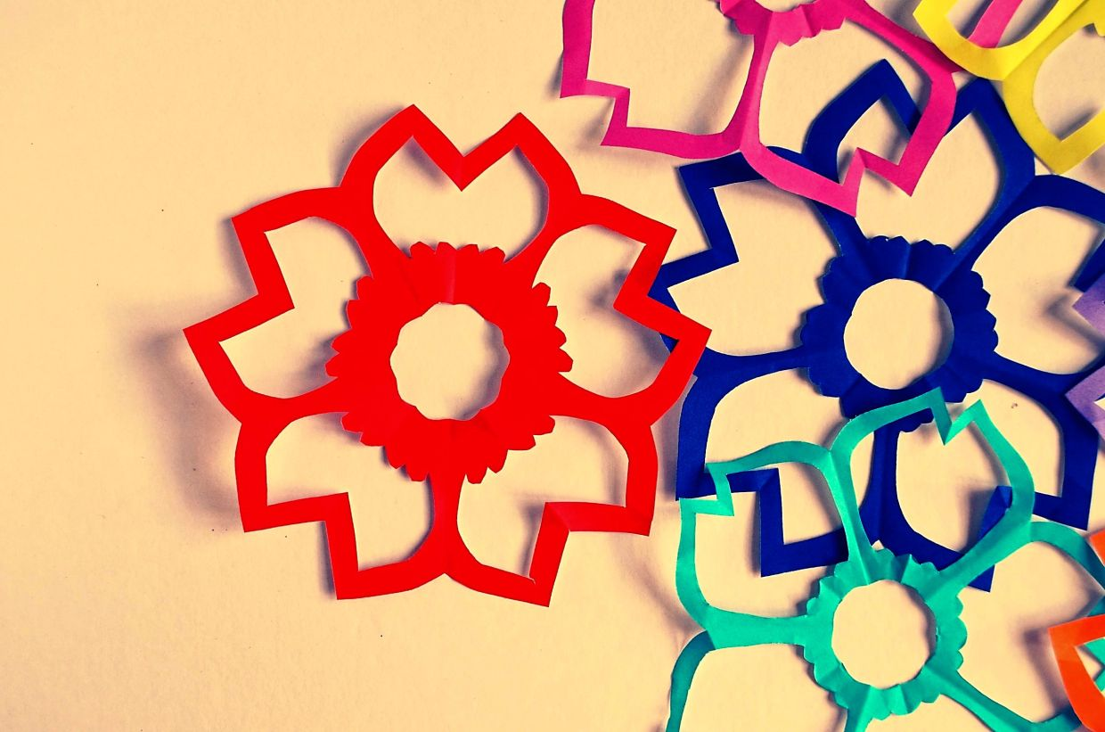 Kirigami is made from a single sheet of paper and incorporates folds. Photo: Filepic