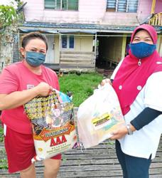 Home delivery for deserving Sibu recipients