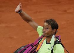 Tennis-Djokovic topples Nadal in French Open semi-final classic