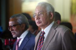 Lawyer pushes for stay on Najib's tax proceedings order