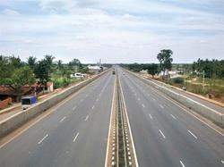 Laos govt approves Vientiane-Pakse expressway route selection