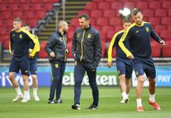 Soccer-Ukraine approach Euro opener versus Dutch with respect, says manager