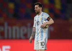 Soccer-Messi confesses to worrying about contracting COVID-19