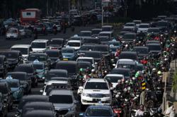 Indonesia plans to extend tax breaks on two-wheel drive cars