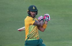 Cricket - Du Plessis suffers memory loss after concussion but recovering well