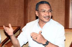 POLITICS: Rumours swirl around Hisham