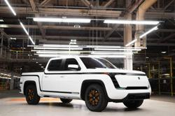 Electric-truck maker Lordstown's CEO, CFO resign, shares slump