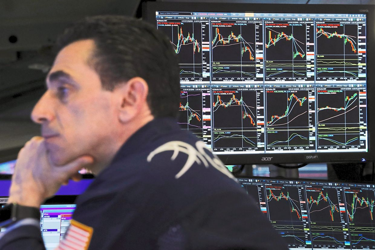 Fine run: A trader at the New York Stock Exchange. Hedge funds had a great 2020, with Hedge Fund Research estimating that assets under management reached a record US$3.6 trillion by the end of the year. ─ Reuters