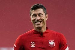 Analysis-Soccer-Poland must solve Lewandowski puzzle