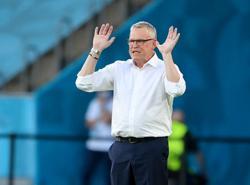 Soccer-Sweden make no apologies after Spain stalemate