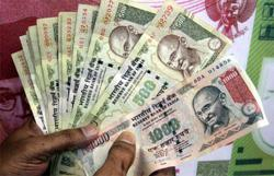 Top India fund turns against riskier debt after Covid