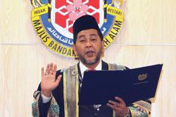 Zamani Ahmad sworn in as ninth Shah Alam Mayor