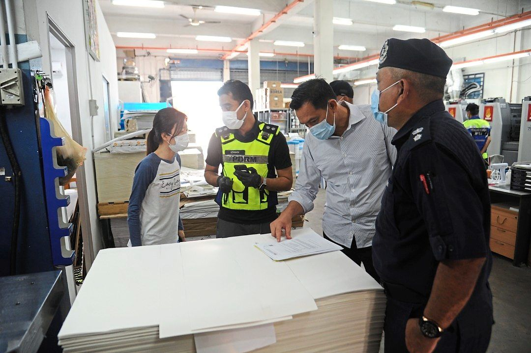 Businesses in industrial areas were questioned by MBSJ enforcement officers and policemen during the operation.