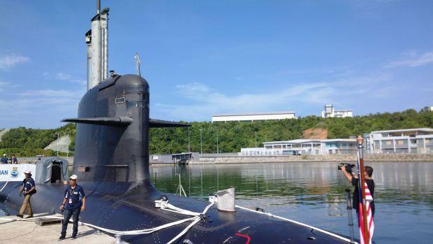 KD Tunku Abdul Rahman - the country\'s 1st submarine. It is a Perdana Class Scorpene submarine docked at the Teluk Sepanggar which houses the Kota Kinabalu Naval base. (File pic)