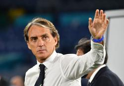 Soccer-Mancini confident there is more to come from Italy after strong start