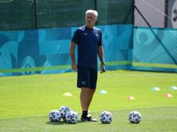 Soccer-Coach Petkovic warns Swiss players not to give Italy too much respect
