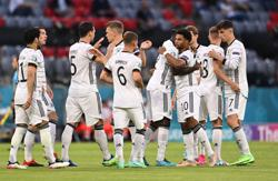 Soccer-Germany lacking goals and ideas after limp Euro 2020 start
