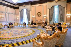 King: Reconvene Parliament as soon as possible