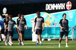Soccer-Denmark sees surge in 'heart runners' after Eriksen's cardiac arrest