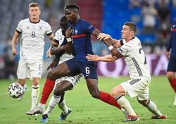 Powerhouse Pogba lucky to have perfect sidekick in Kante