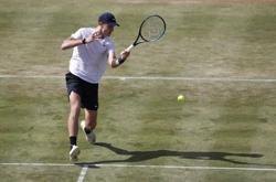 Tennis-British teenager Draper reaches Queen's quarter-finals