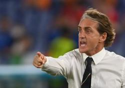 Soccer-Improving Italy not a frontrunner in Euro 2020 race - Mancini