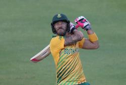Cricket-Du Plessis returns home after suffering concussion in PSL