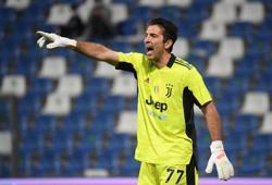 Soccer-Buffon returns to Parma in Serie B, 20 years after leaving