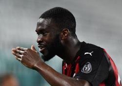 Soccer-Milan sign defender Tomori from Chelsea on permanent transfer
