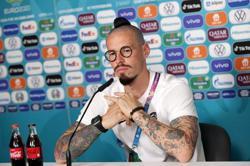 Soccer-We are still the outsiders, Slovakia captain Hamsik says