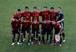 Soccer-Spain won't change tack against Poland, aim to be more clinical