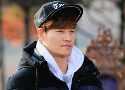 Kim Jong-kook gains 250K subscribers in less than 24 hours