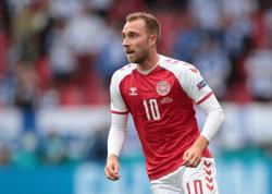 Soccer-Eriksen discharged after successful operation for heart-starter implant