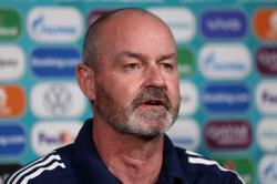 Soccer-Scotland set for four changes against England