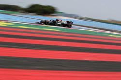 Motor racing-F1 teams unhappy at costly car-damaging Le Castellet kerbs