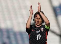 Soccer-Modric and Perisic rue another poor Croatia performance