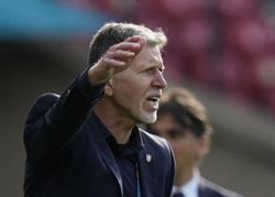 Soccer-Czech coach rues lack of concentration in Croatia draw