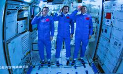 China: Setting up Wi-Fi, unboxing deliveries – Taikonauts busy 'housewarming' on their 1st day in space